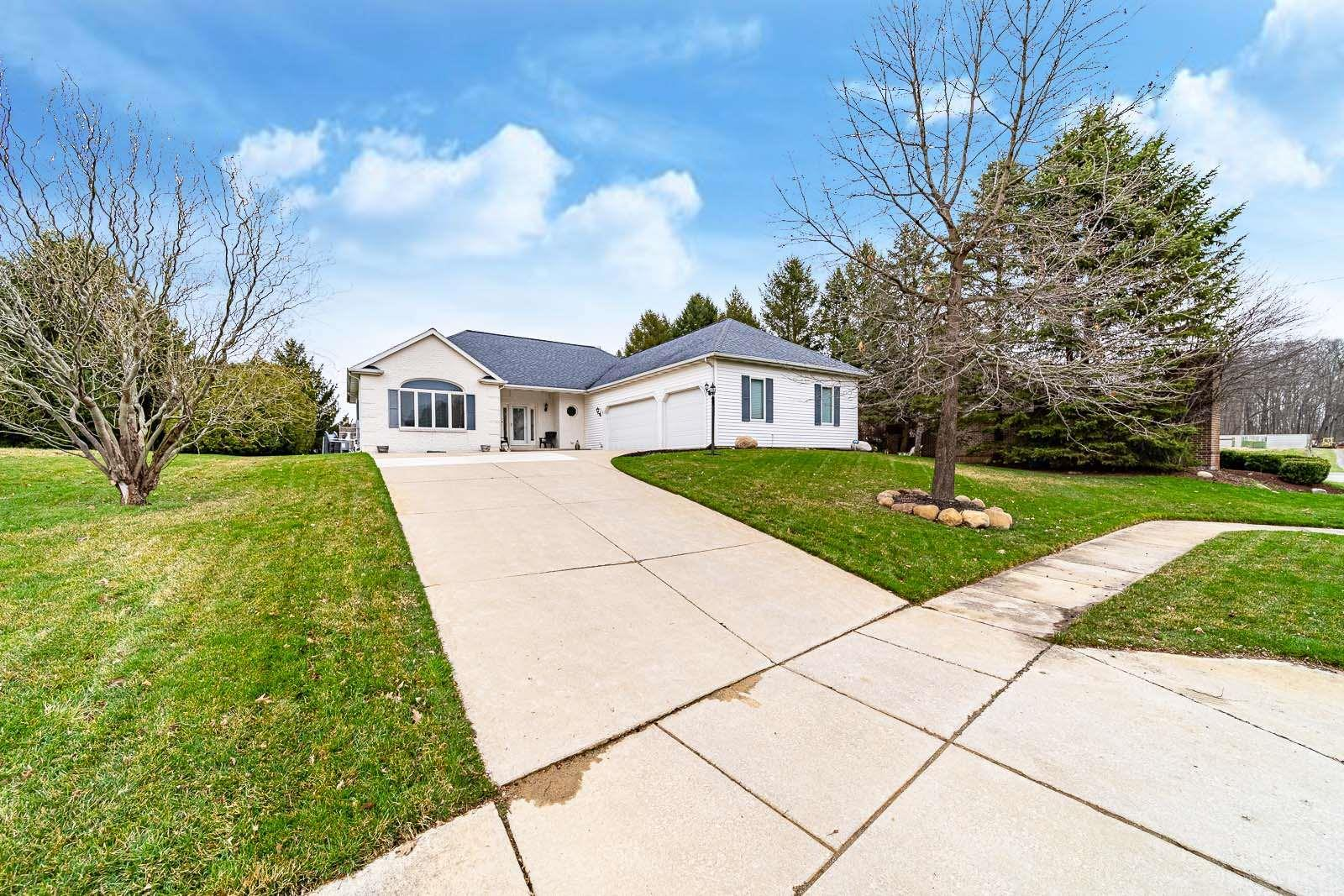 26011 Westwood Hills South Bend, IN 46628