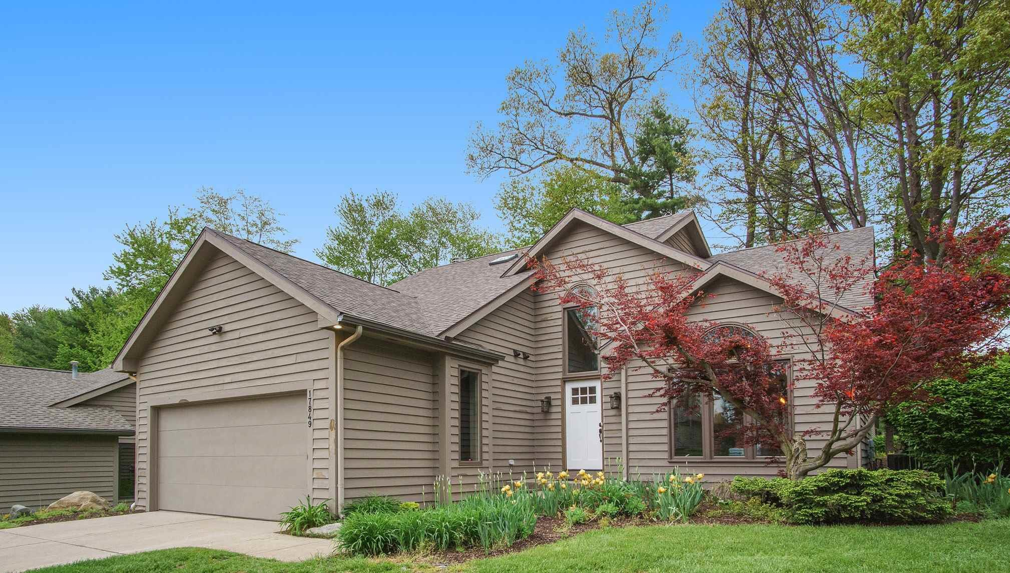 17849 Amberwood South Bend, IN 46635