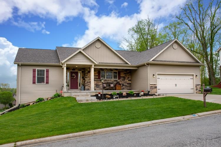 25728 Rolling Hills South Bend, IN 46628