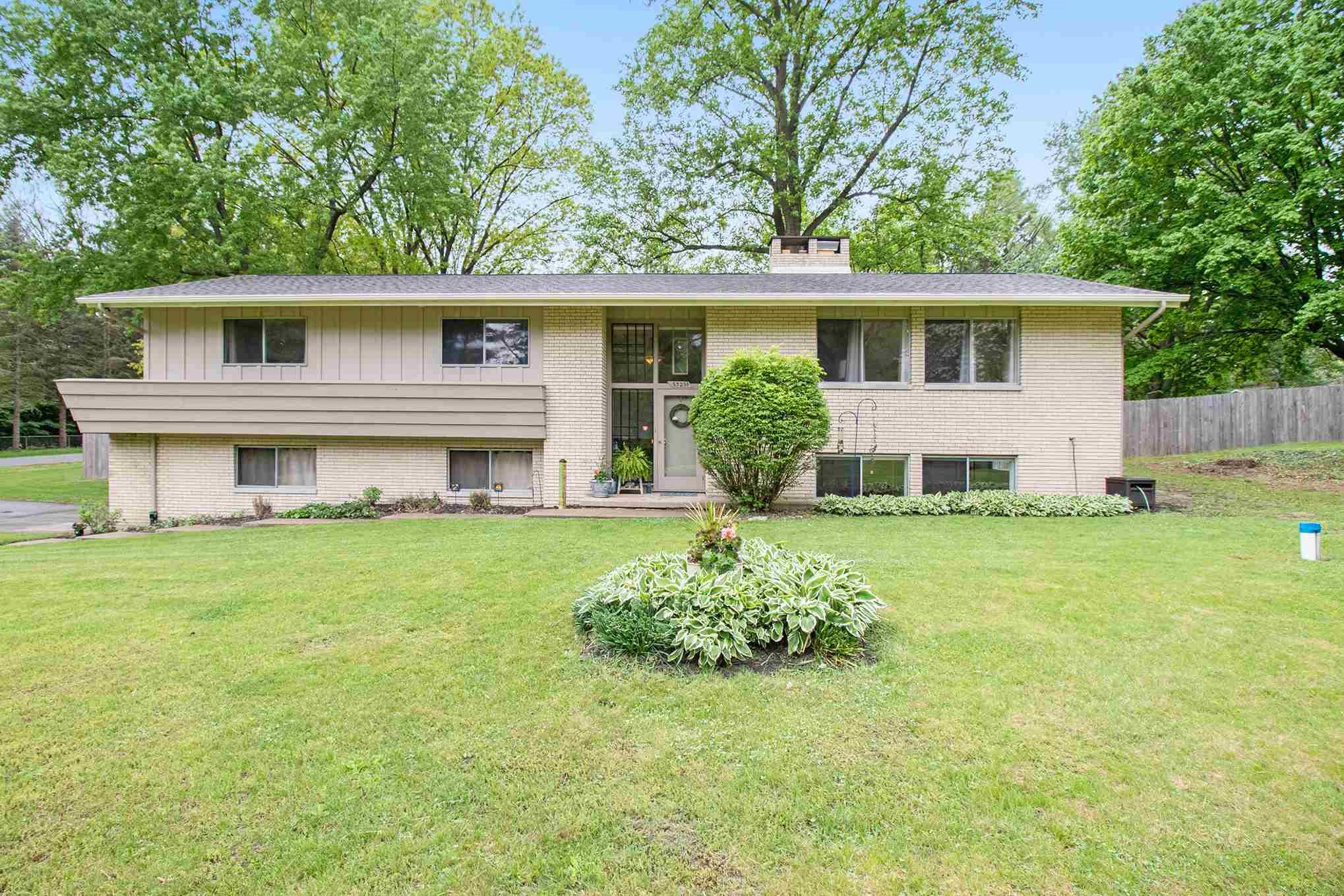53251 Martin South Bend, IN 46635
