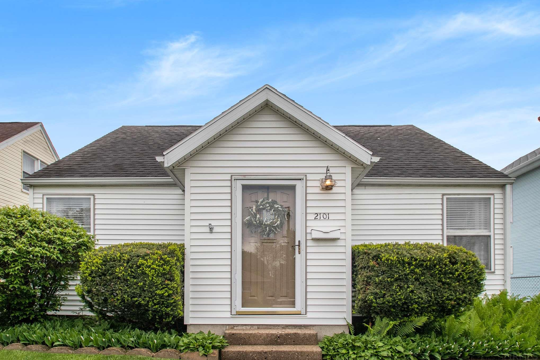 2101 S Dorothy South Bend, IN 46613