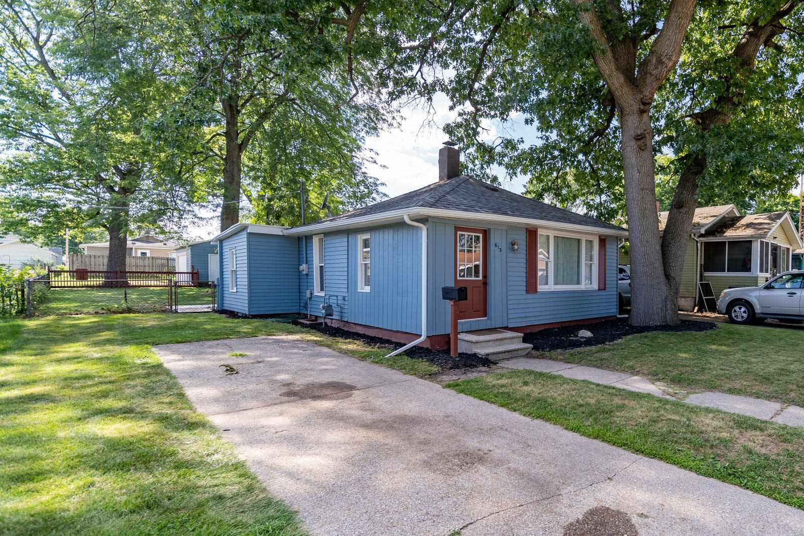 613 S 36TH South Bend, IN 46615