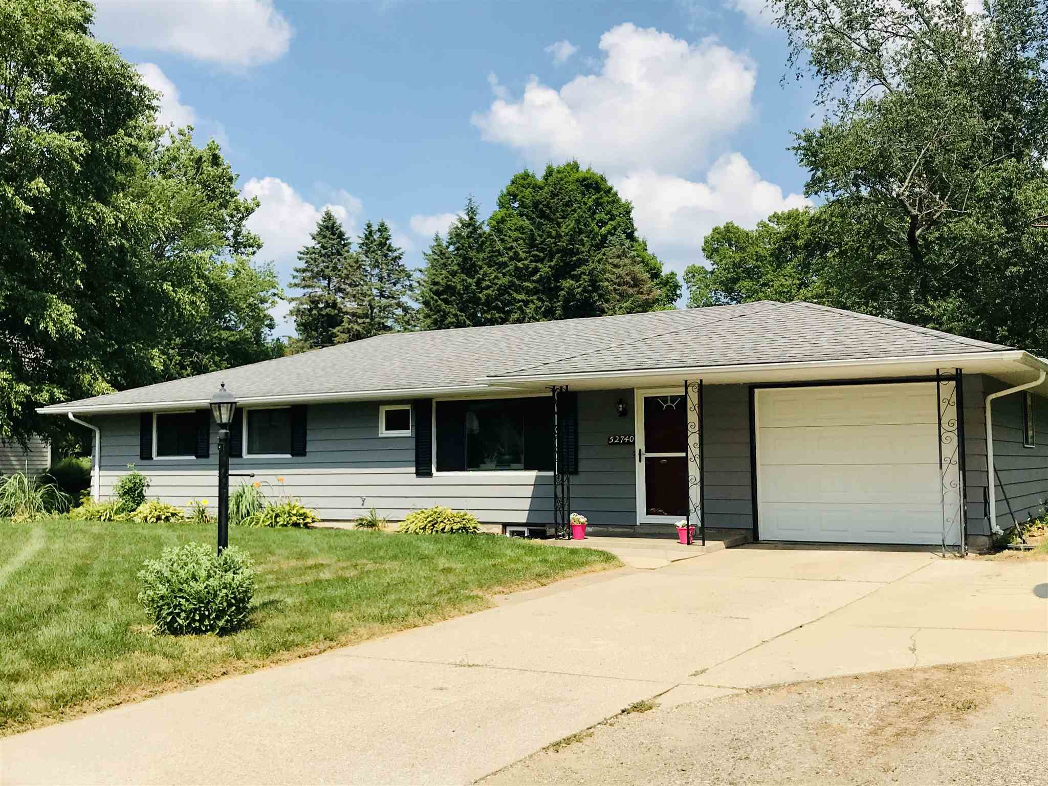 52740 Arbor South Bend, IN 46635