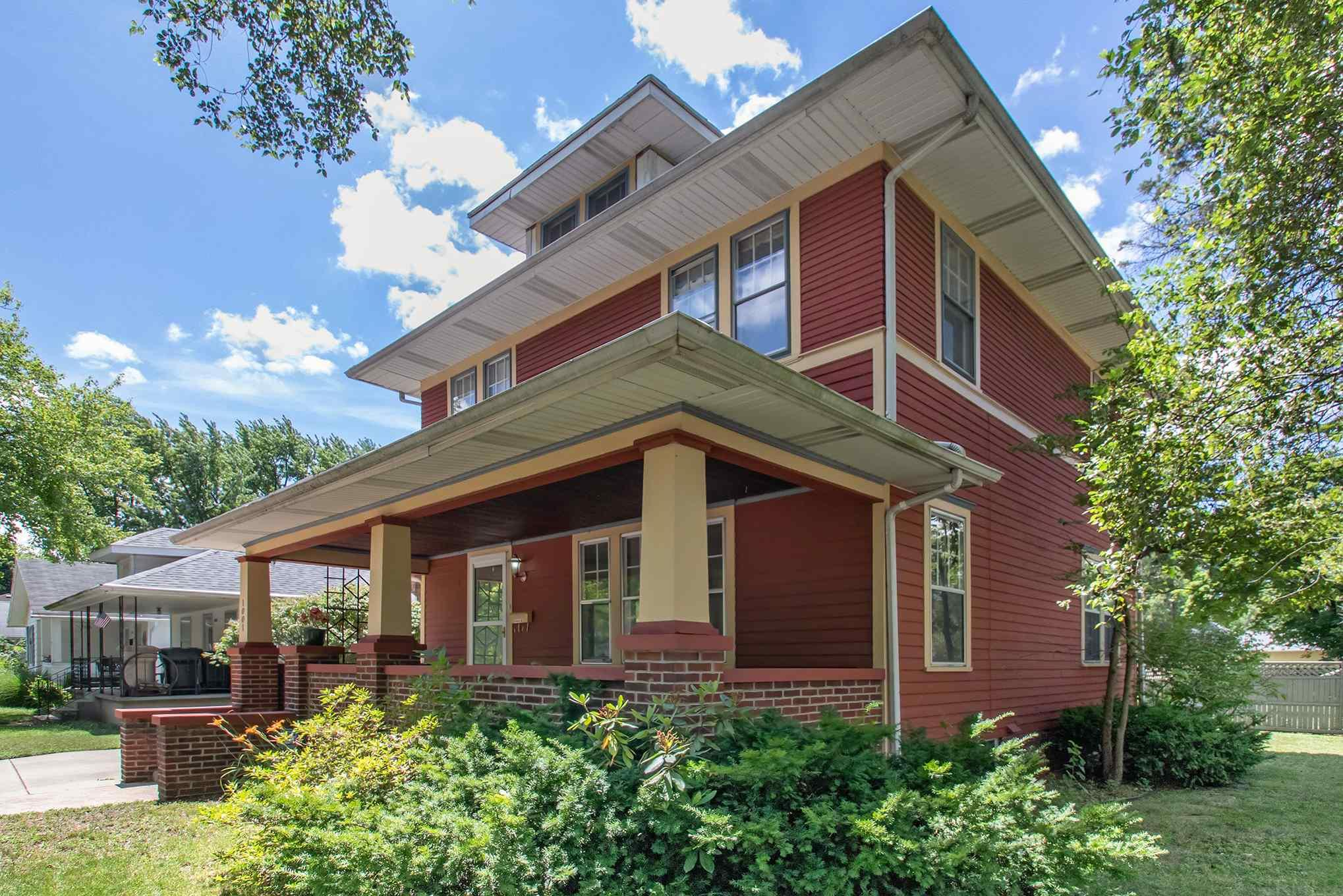 1001 S 31ST South Bend, IN 46615