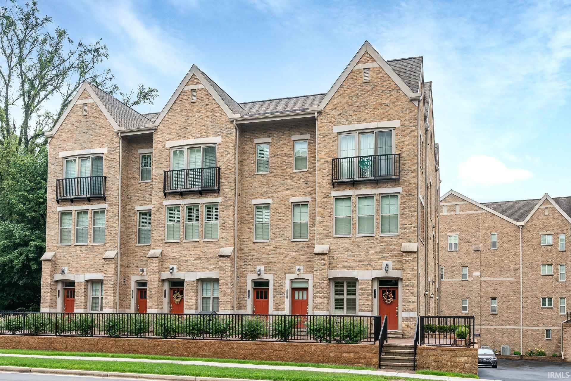 54586 Twyckenham-unt 3 #Unit 3 Building Q8 South Bend, IN 46637