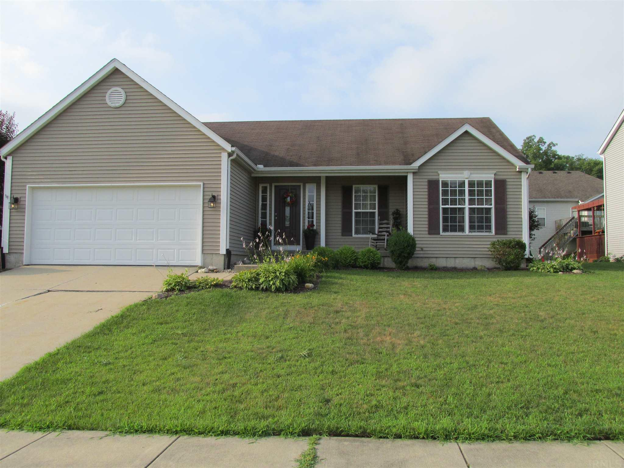 2342 Harwood South Bend, IN 46614