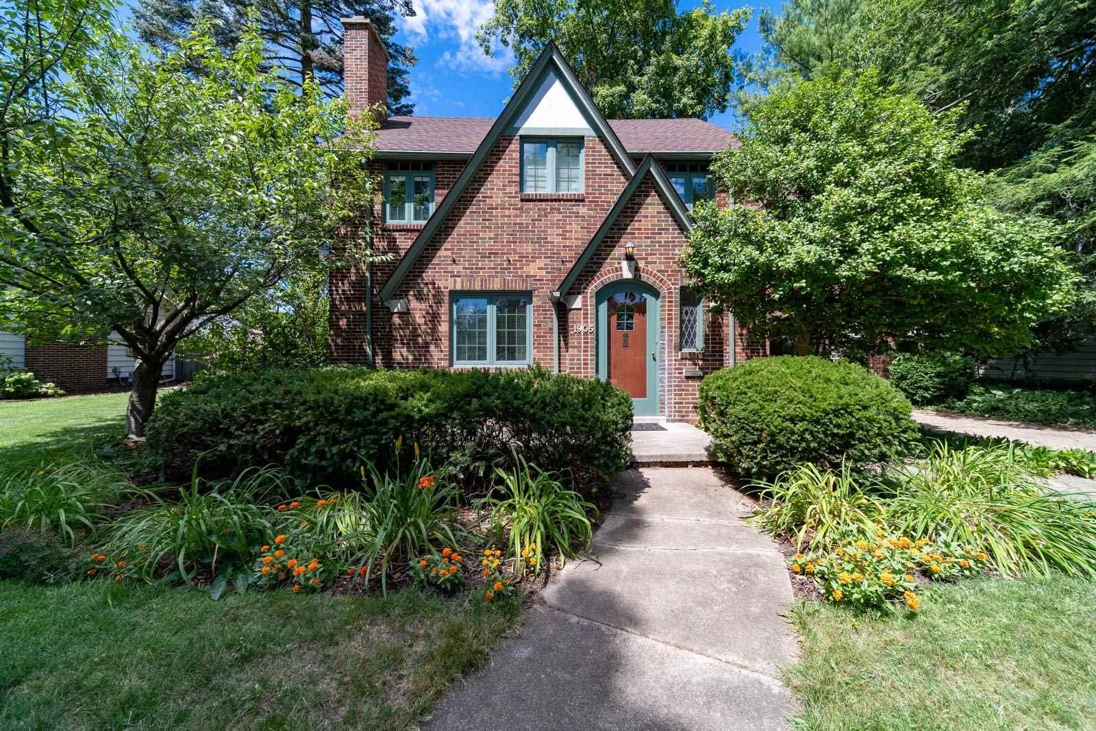 1905 E Madison South Bend, IN 46617