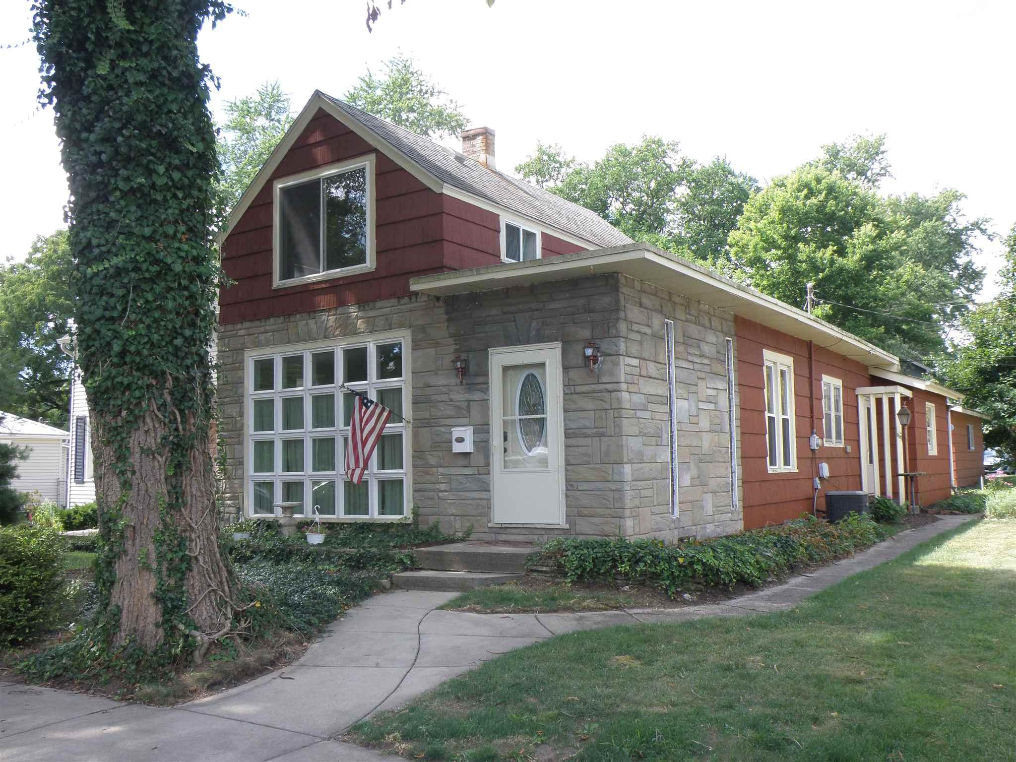 217 Kenwood Elkhart, IN 46517