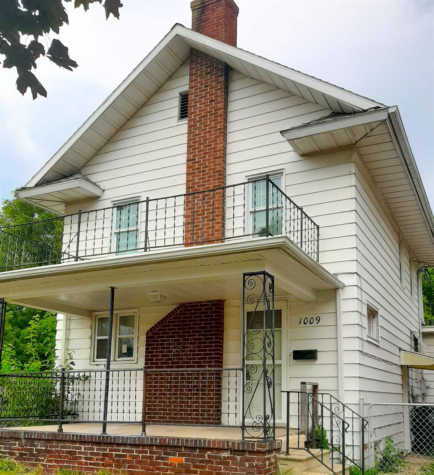 1009 W Lasalle South Bend, IN 46601