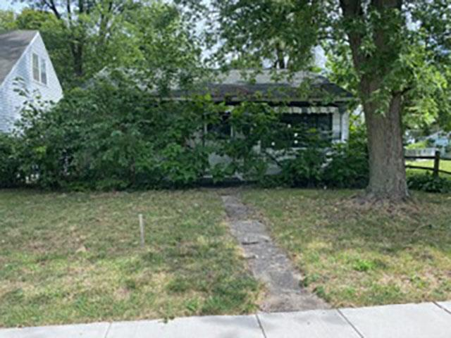 1626 Fremont South Bend, IN 46628