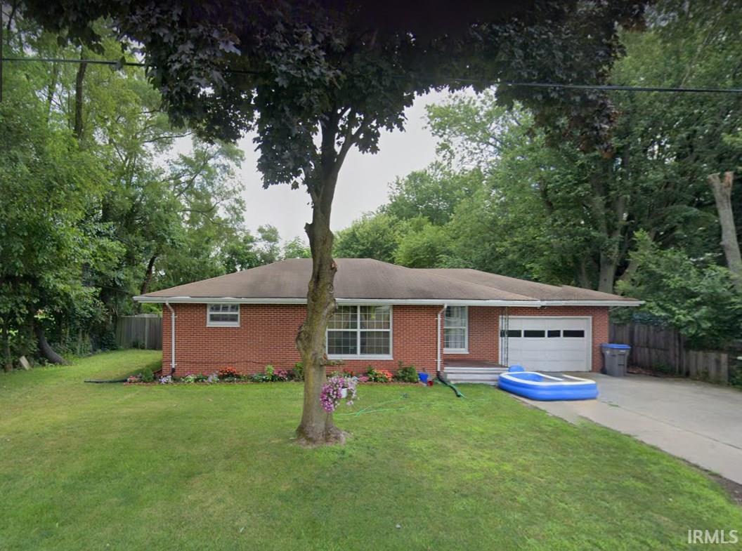 3024 Pleasant Plain Elkhart, IN 46517