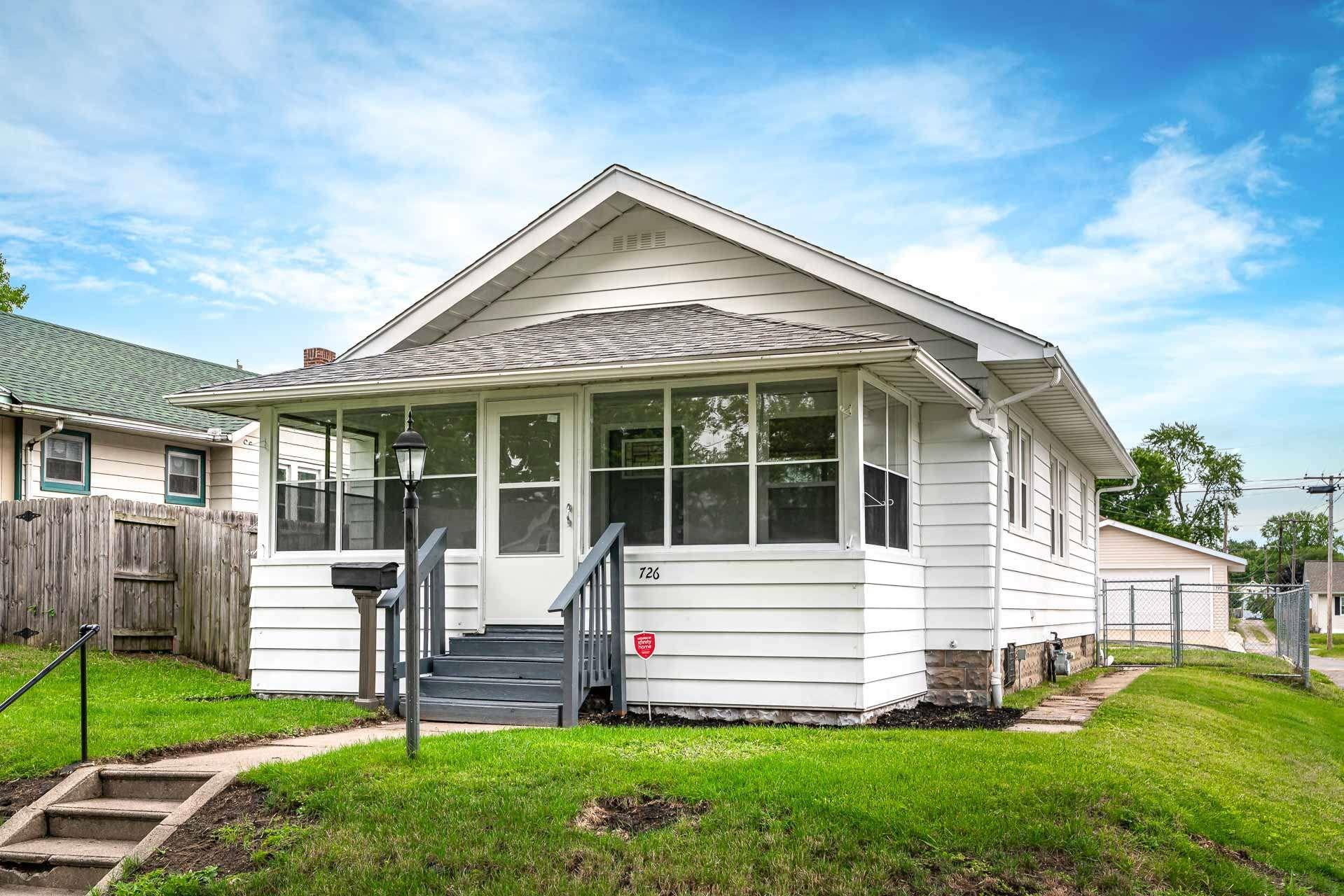 726 S 32ND South Bend, IN 46615