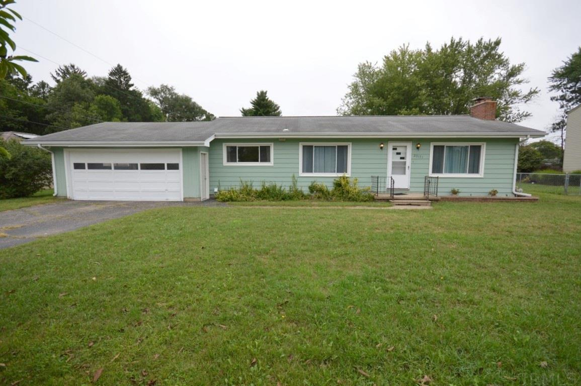 23171 Greenleaf Elkhart, IN 46514