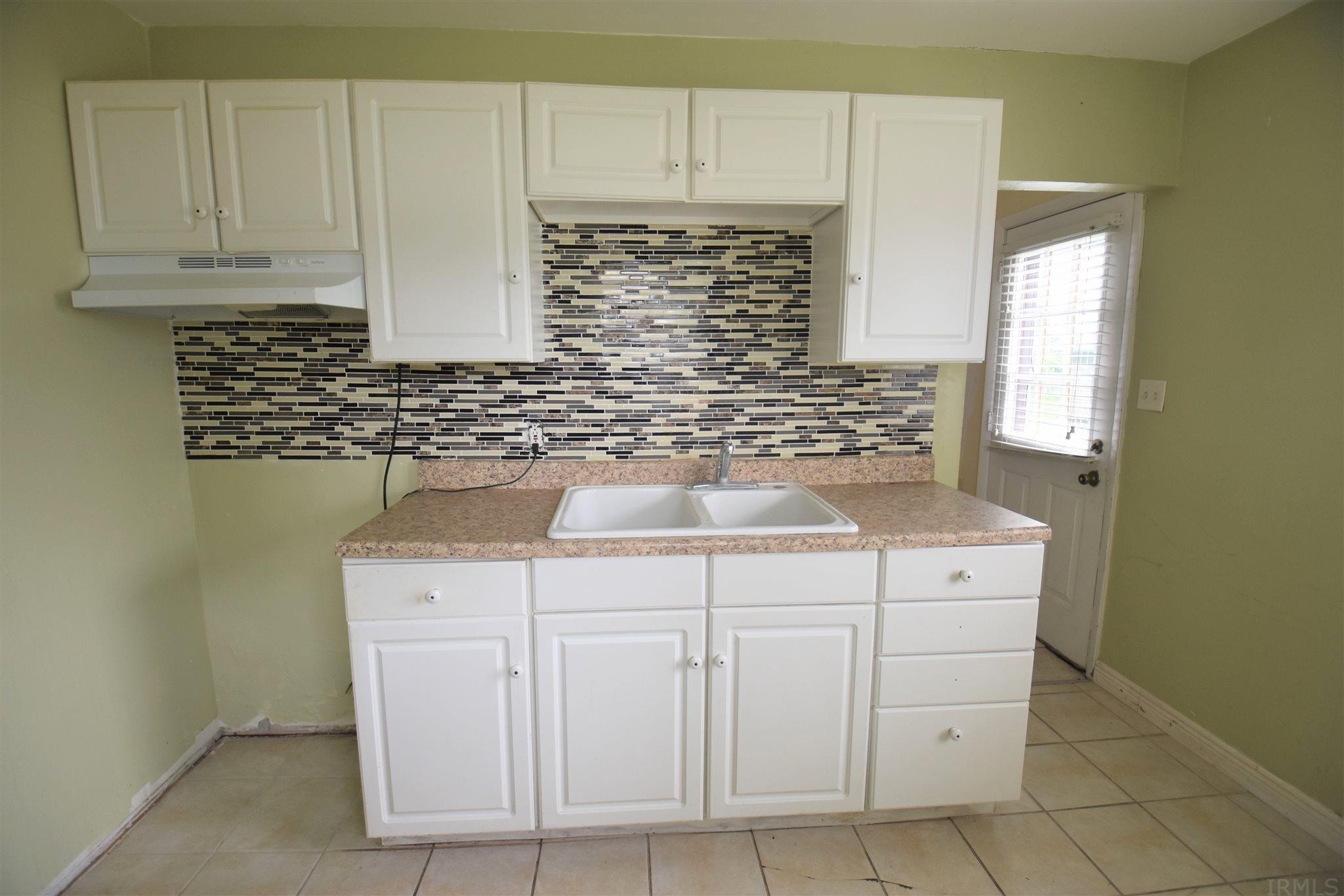 4122 W Sample South Bend, IN 46619