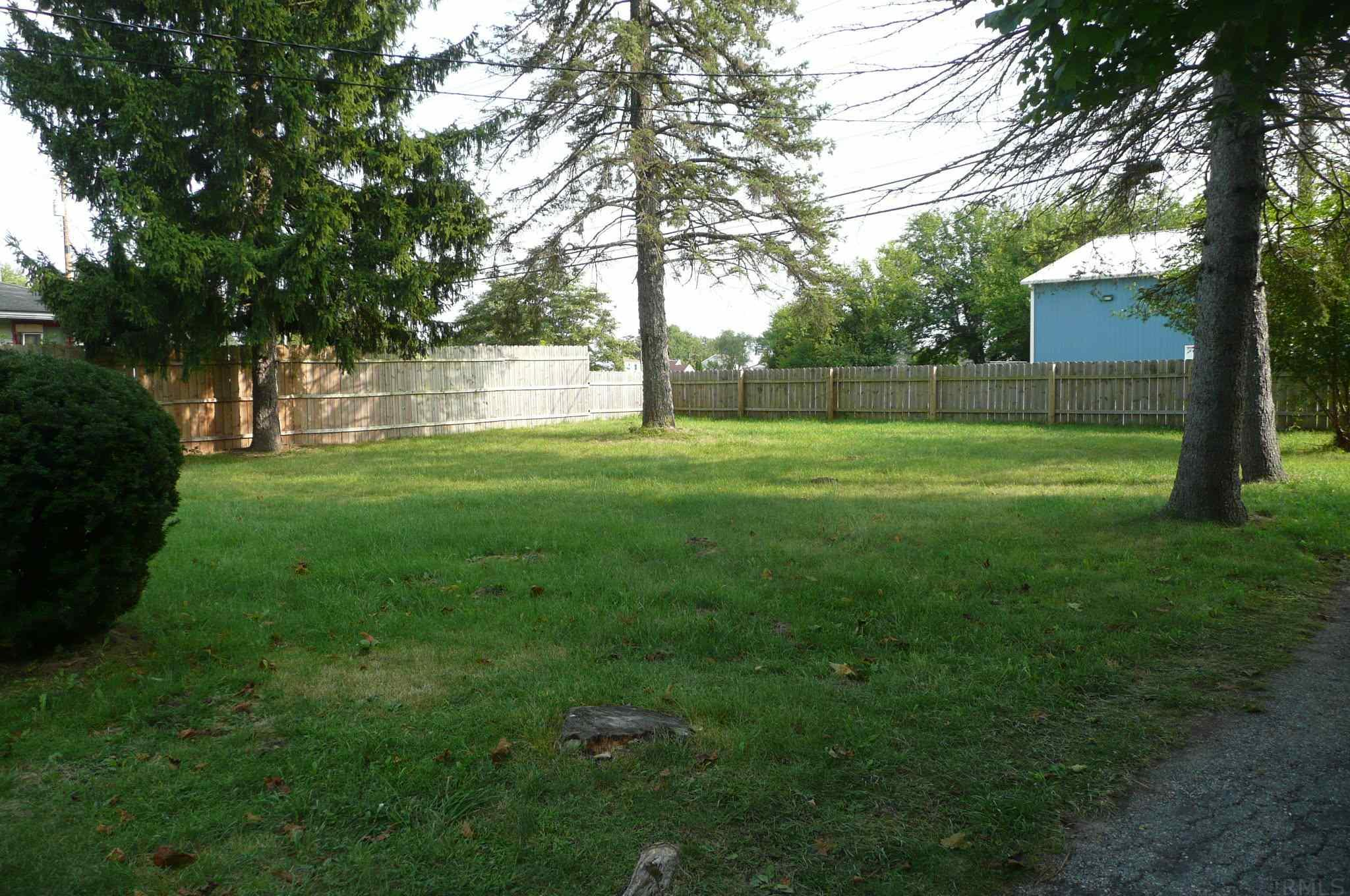 5307 Linden South Bend, IN 46619
