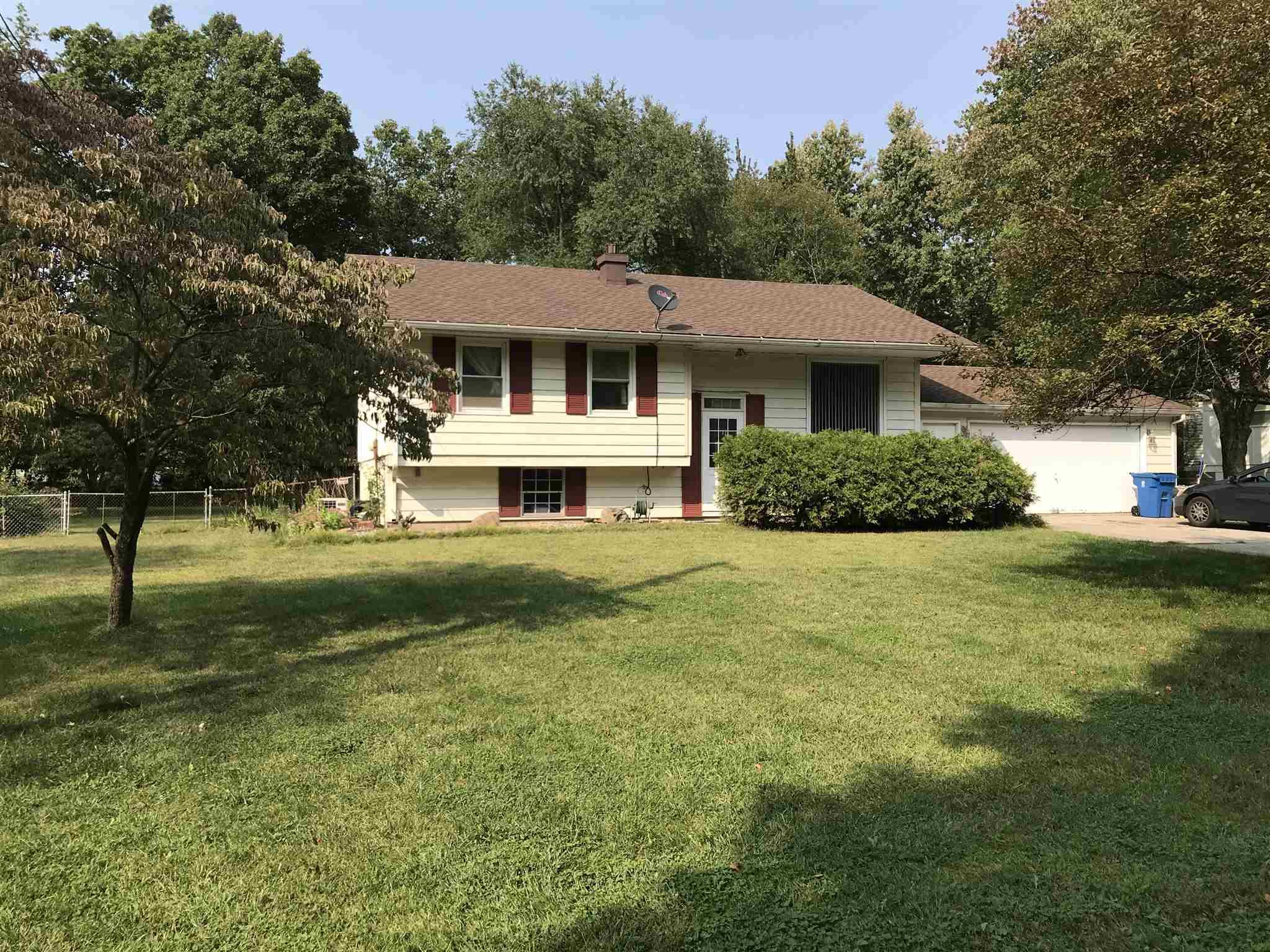 30429 N Meadow Brook Elkhart, IN 46514