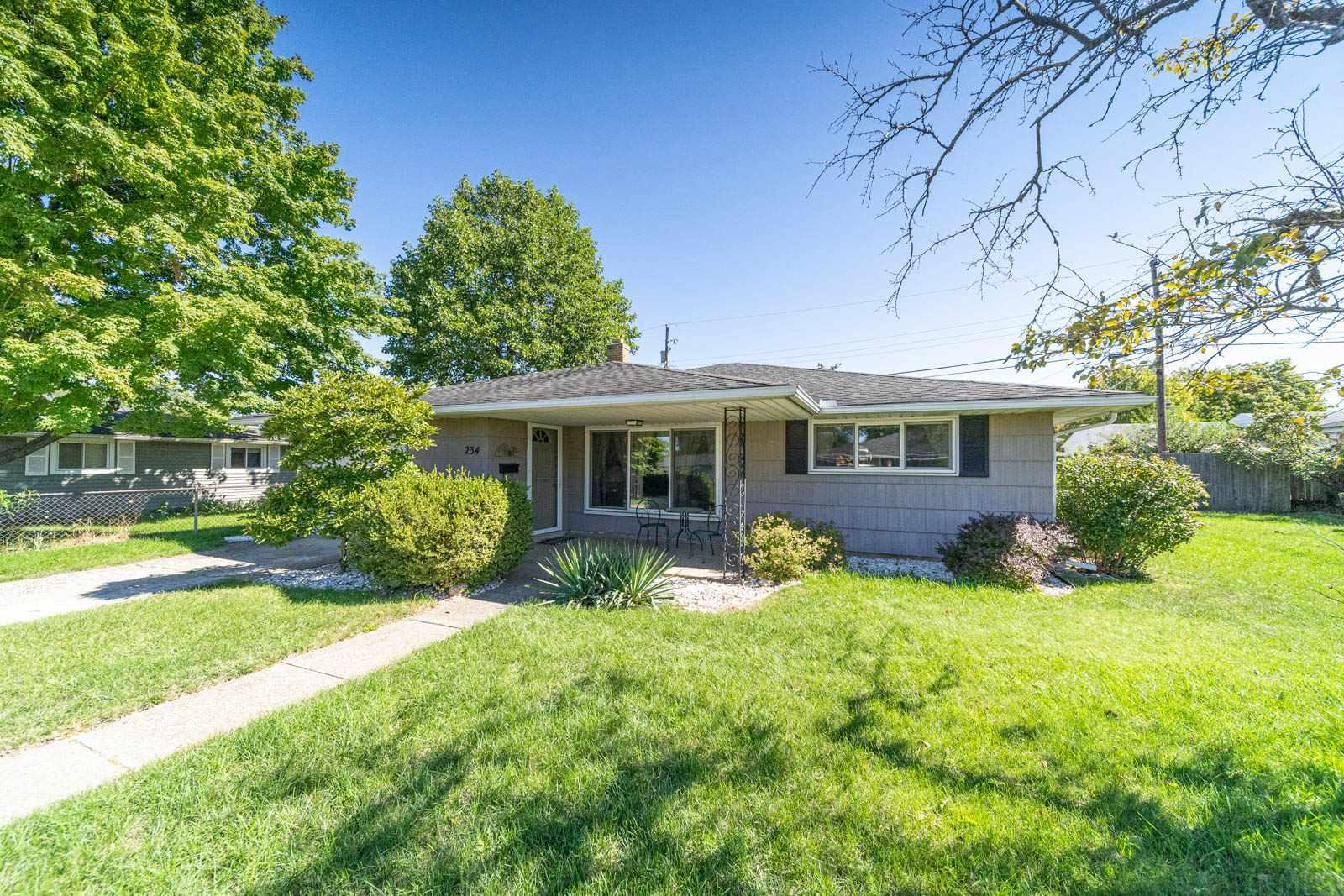 234 Eunice South Bend, IN 46615