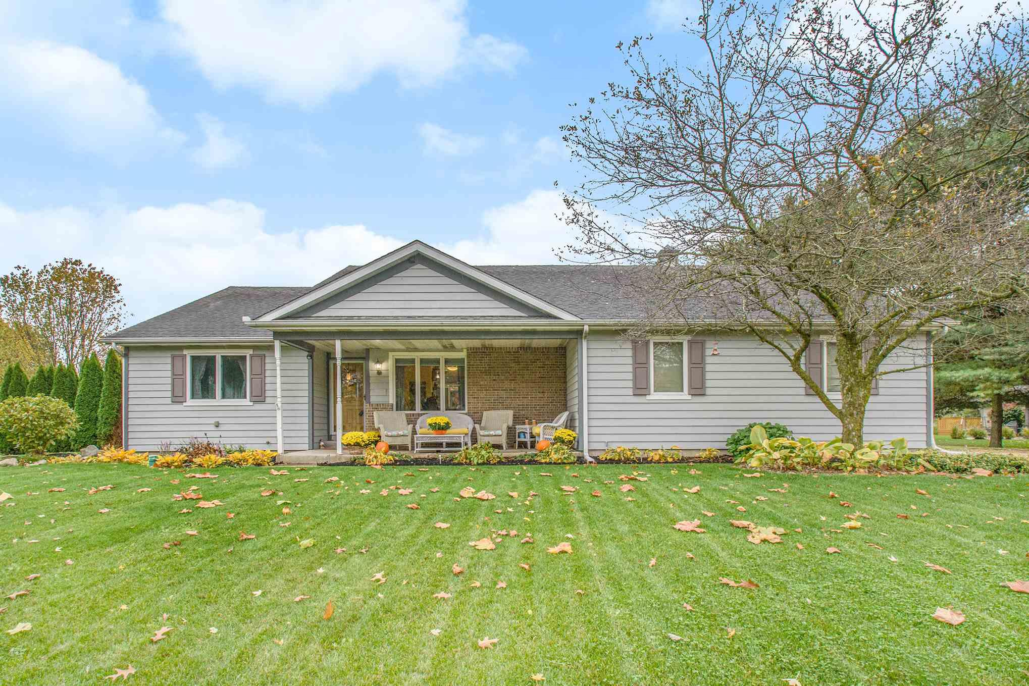 68214 Riddles Lake Drive Lakeville, IN 46536