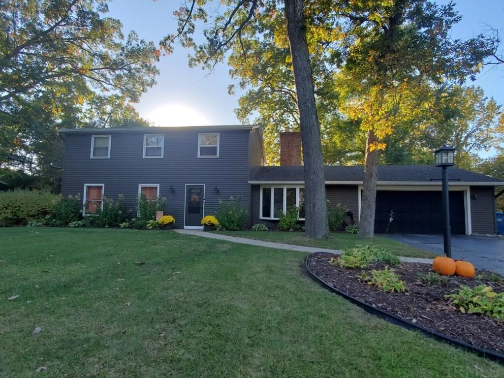 54709 Winding Brook Drive Mishawaka, IN 46545
