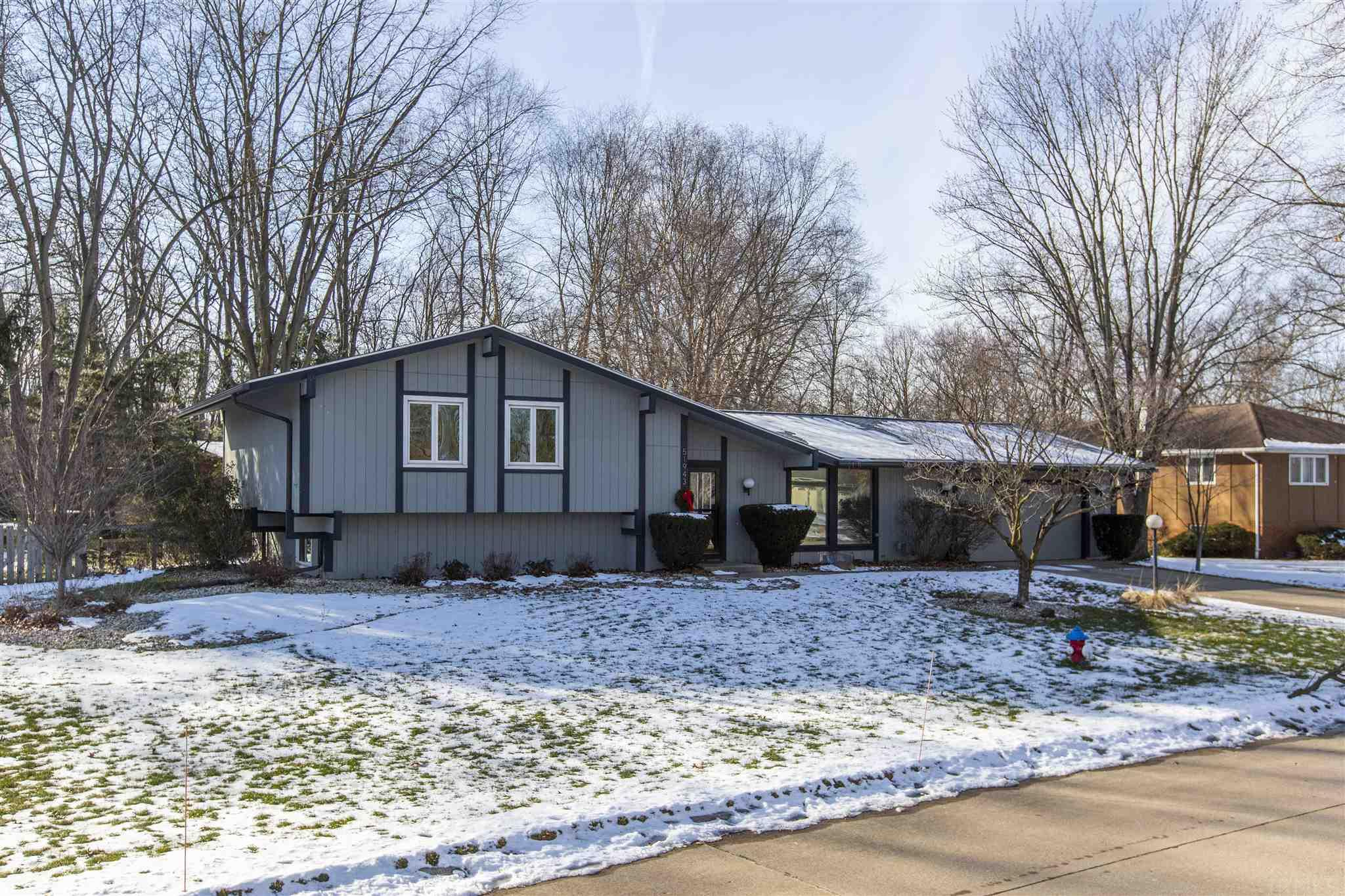 51943 Whitestable Lane South Bend, IN 46637