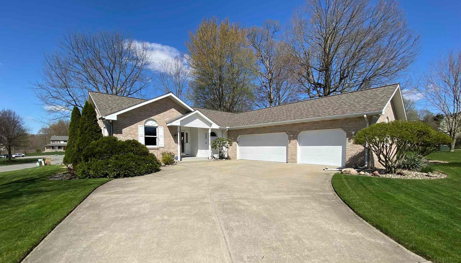 57535 Raven Hill South Bend, IN 46619