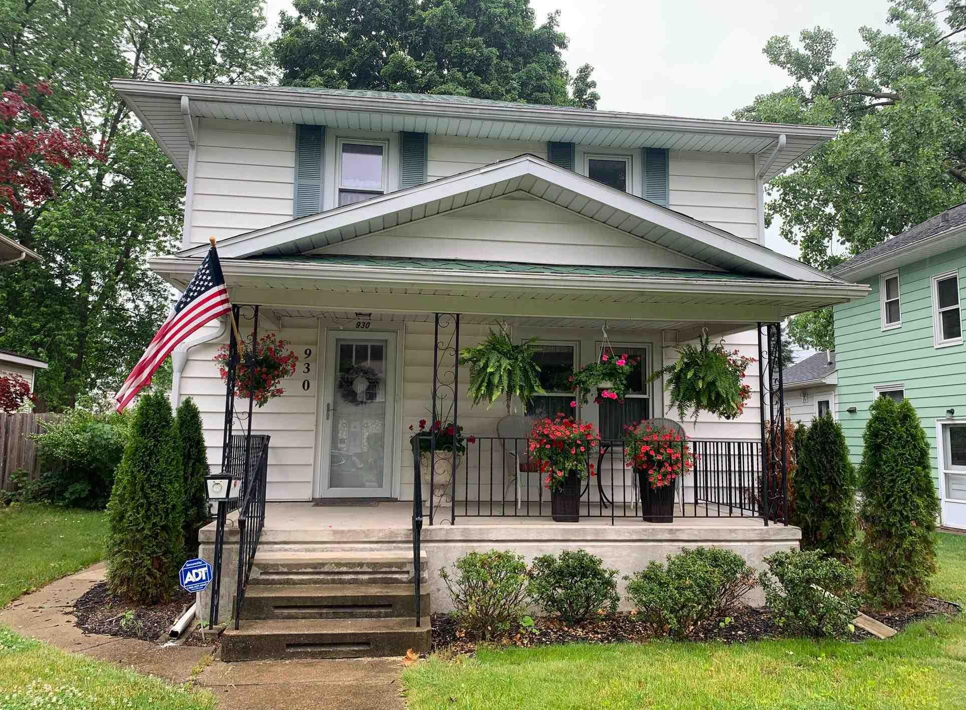 930 S 27th South Bend, IN 46615