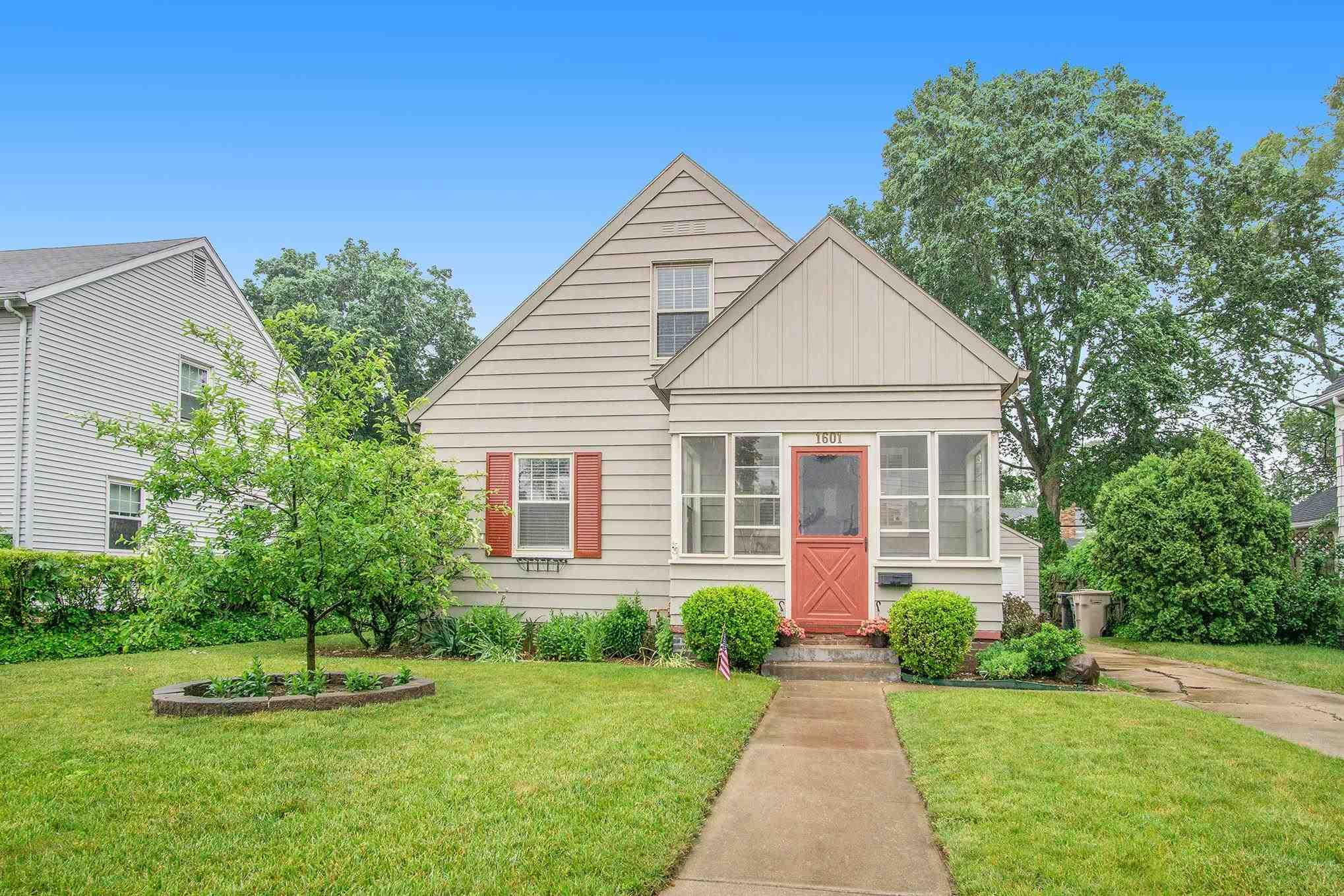 1601 McKinley South Bend, IN 46617