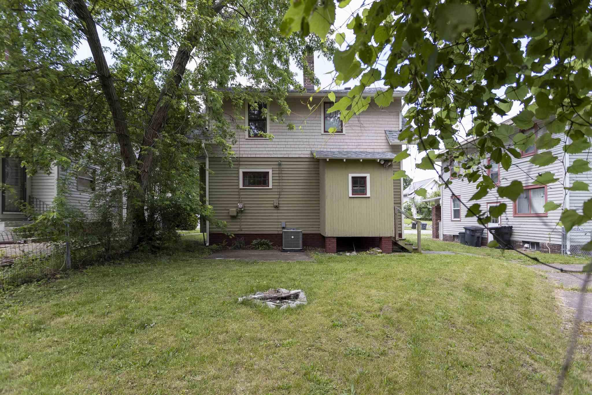 1266 Woodward South Bend, IN 46616