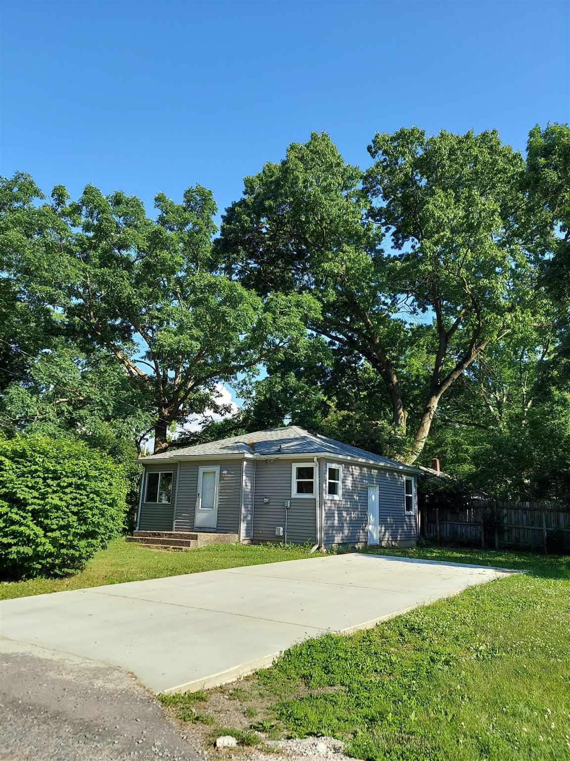 23204 Grove South Bend, IN 46628