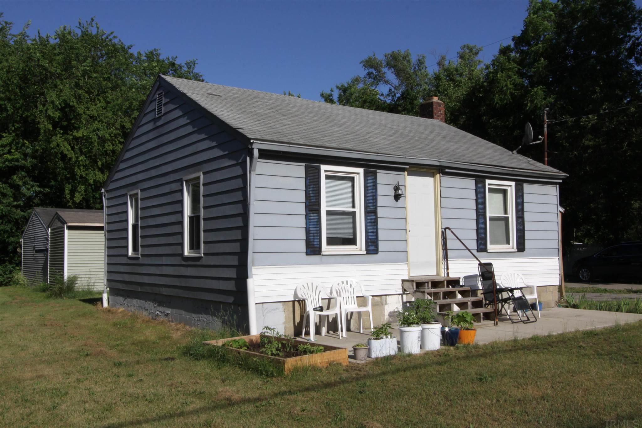 56548 Shore Elkhart, IN 46516