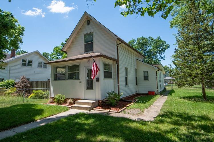 1017 S 23rd South Bend, IN 46615