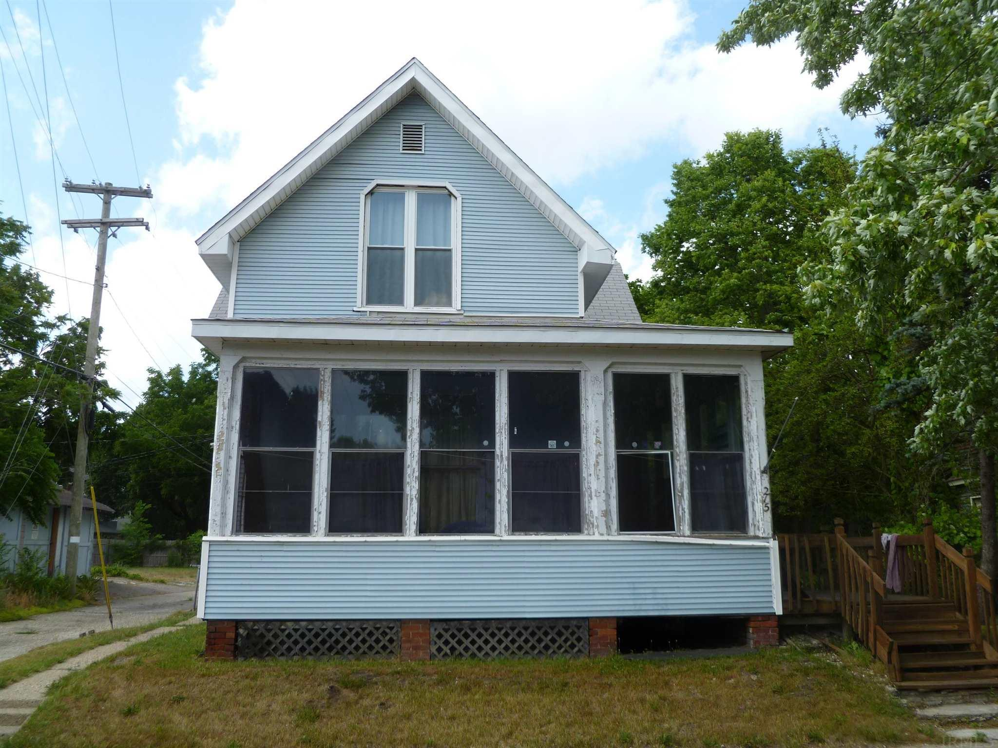 215 E South South Bend, IN 46601