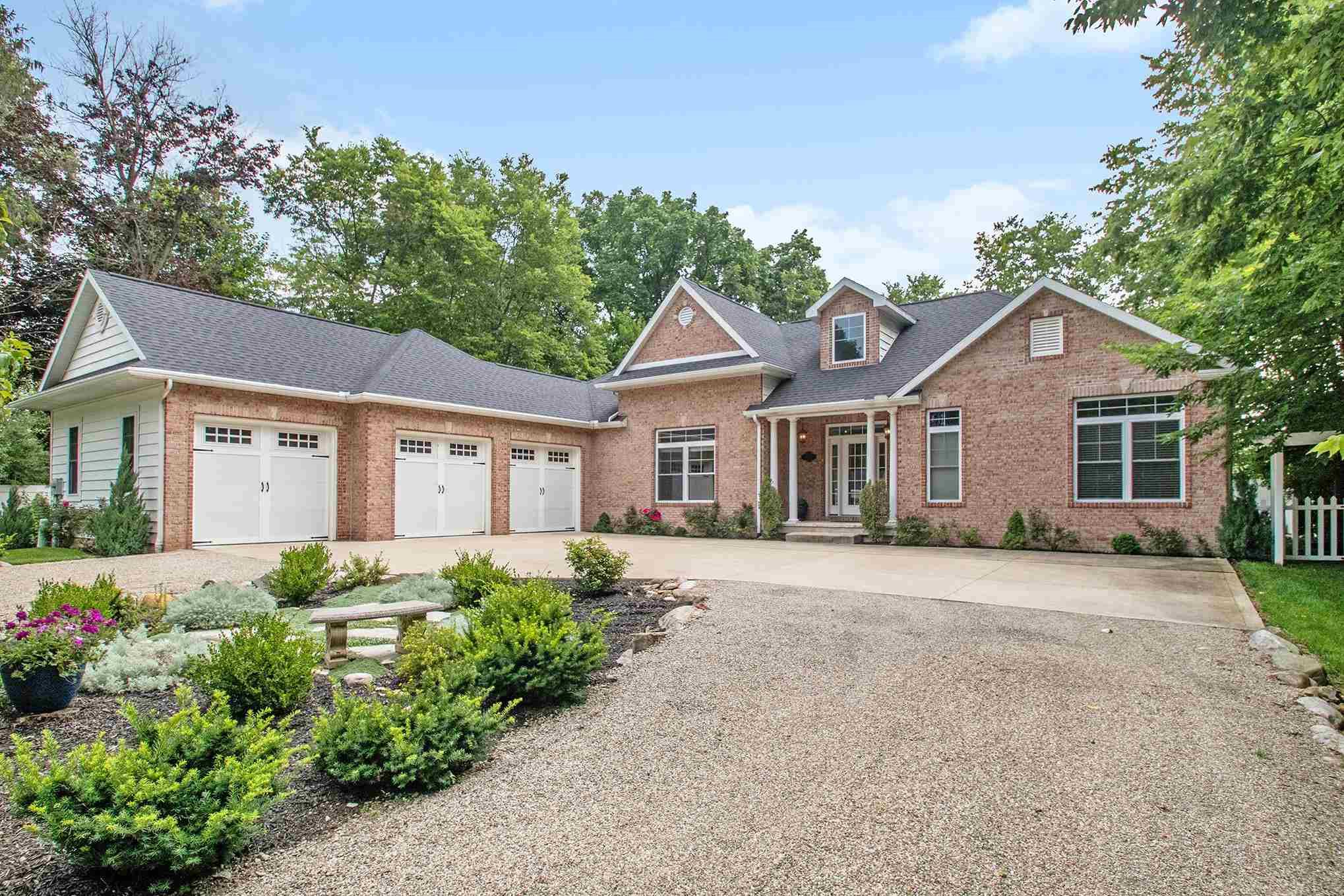 56100 River Heights Elkhart, IN 46516