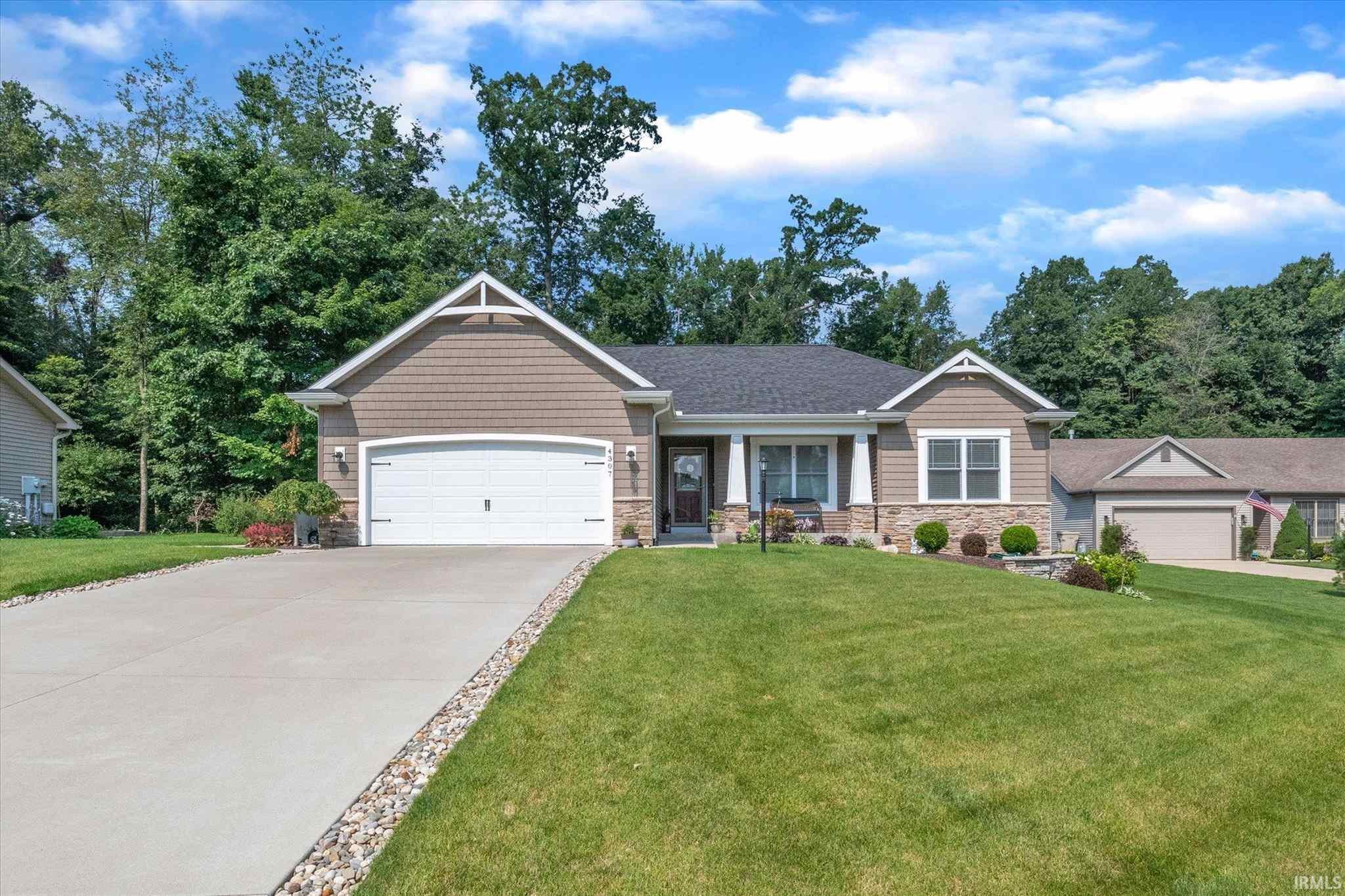 4307 Garden Oak South Bend, IN 46628