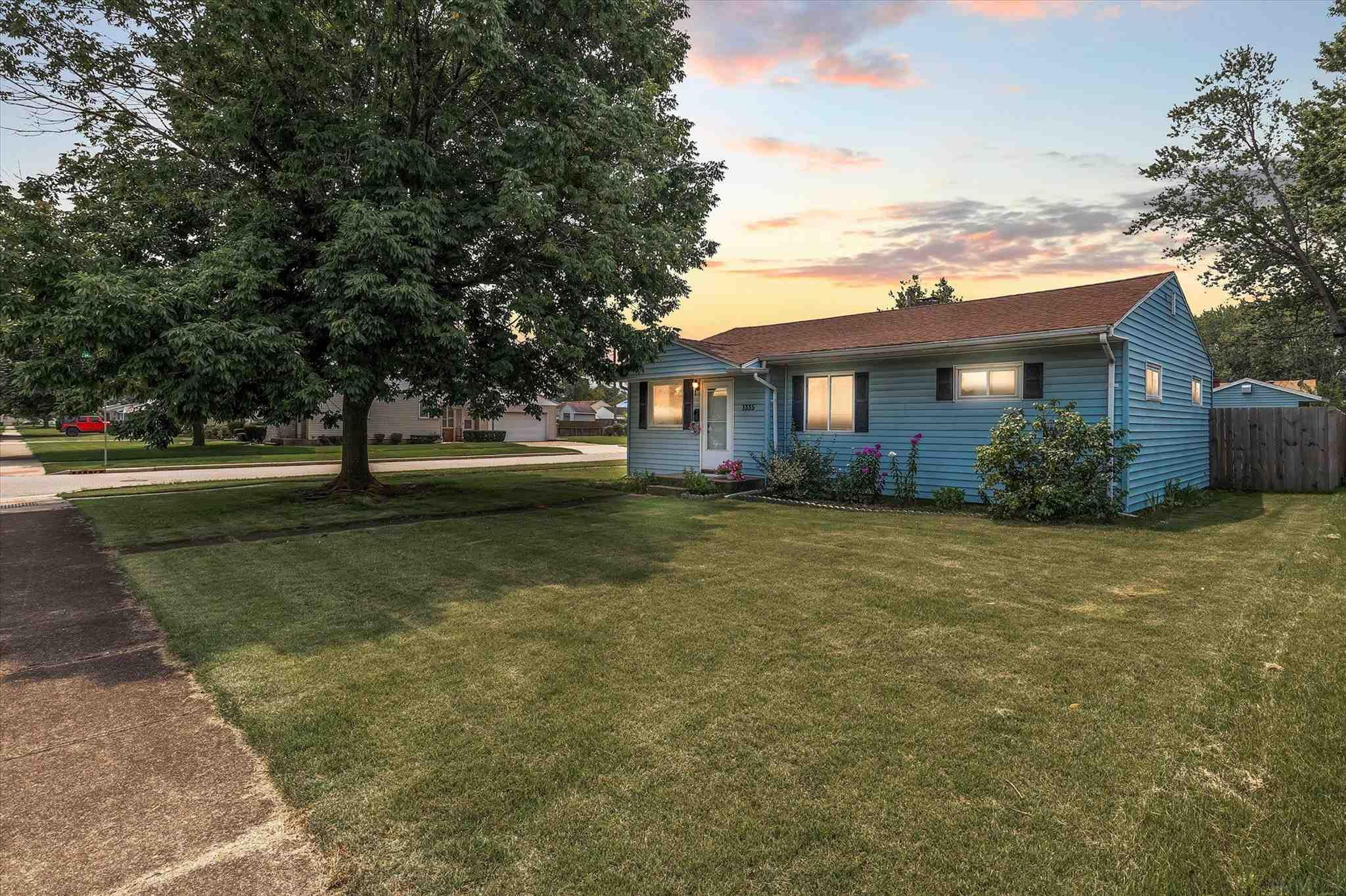 1335 Pyle South Bend, IN 46615