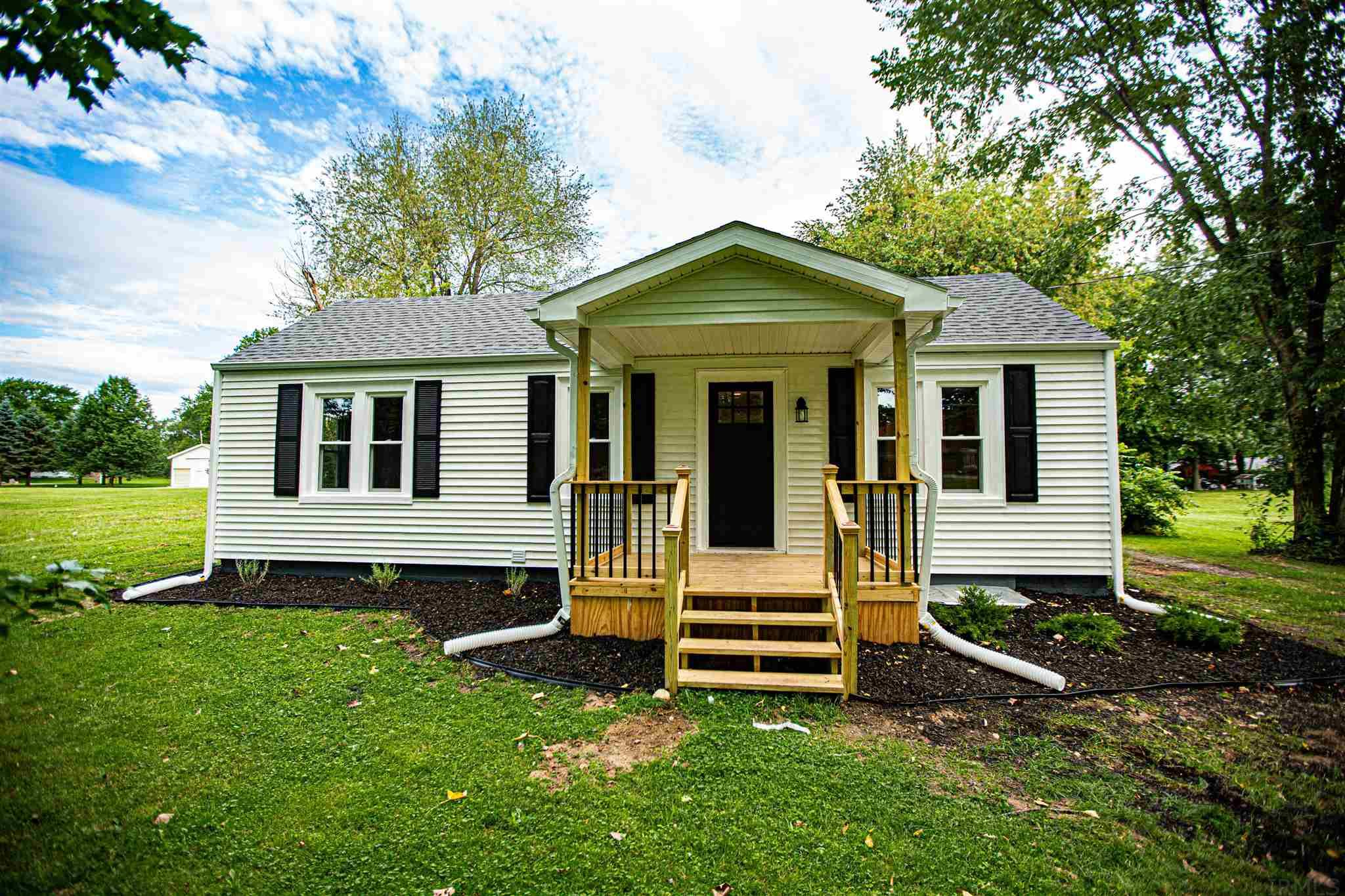 21079 Newton Lakeville, IN 46536