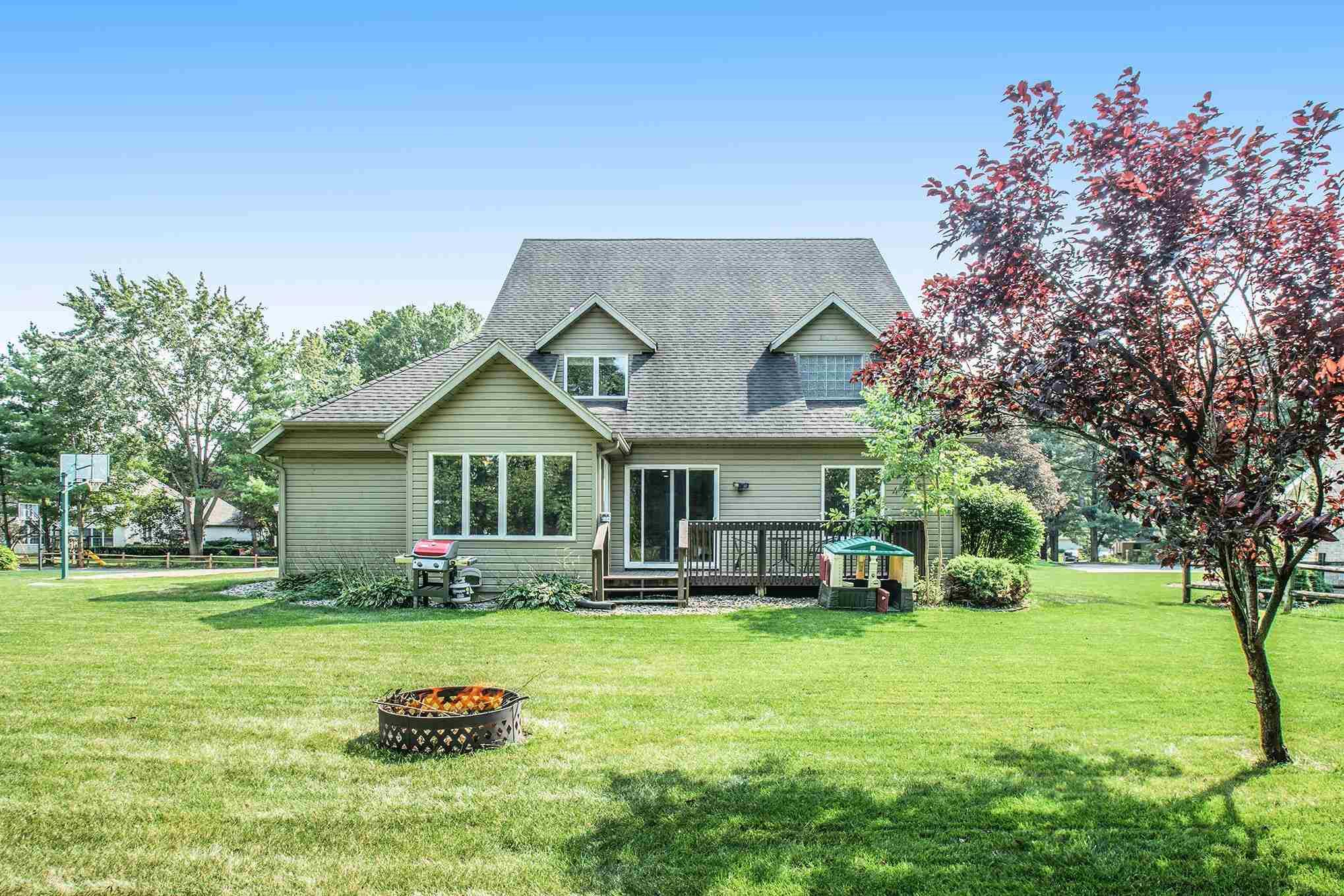 20915 Hush Breeze South Bend, IN 46614