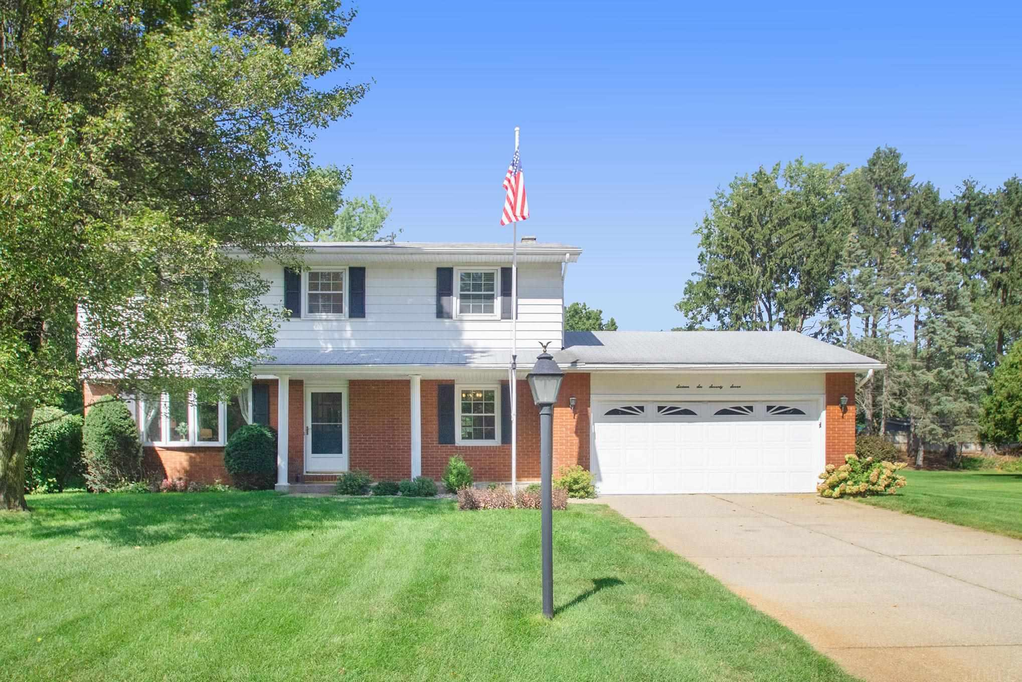 16677 Valley Forge Granger, IN 46530