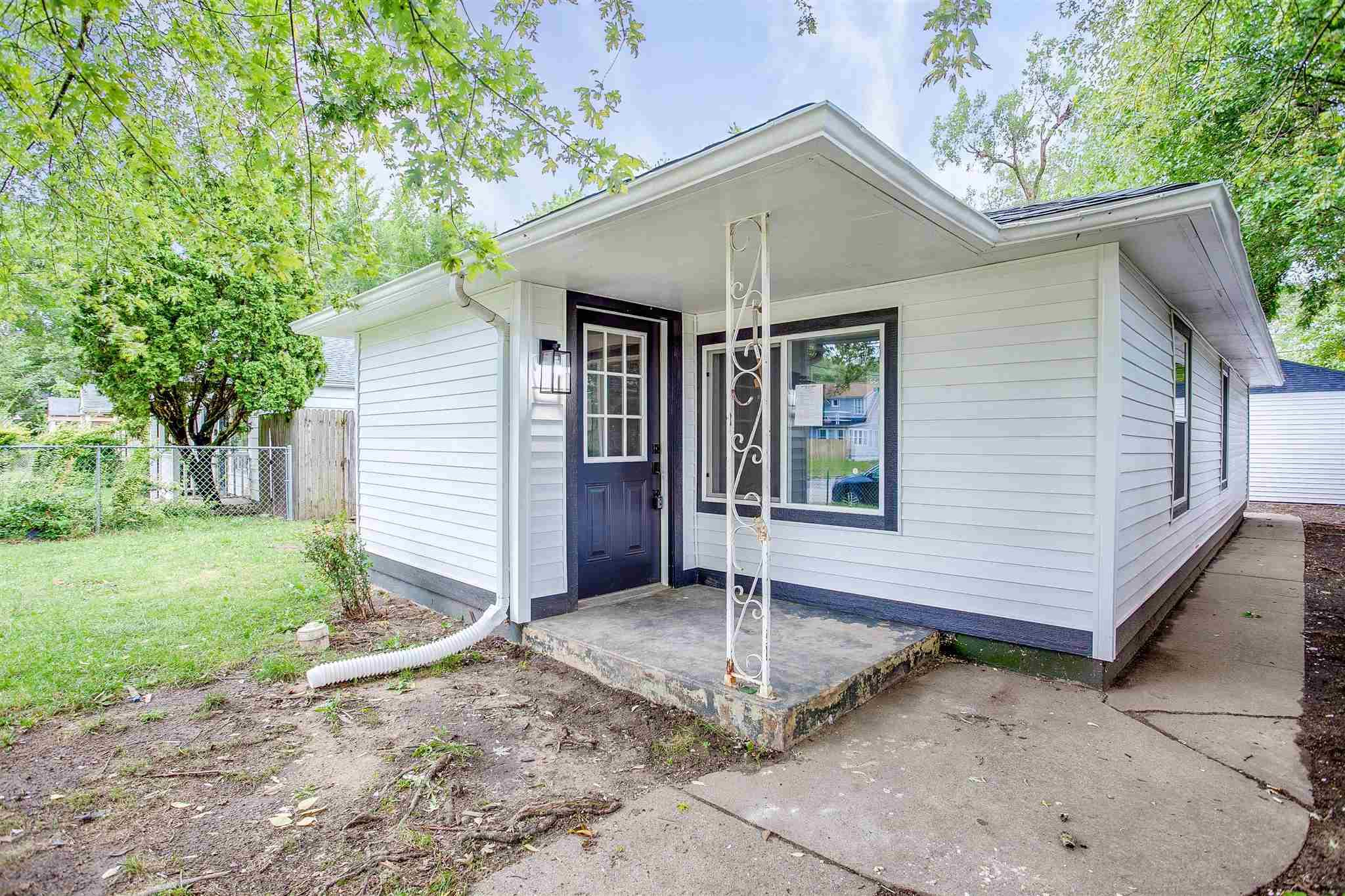 1156 E McKinley South Bend, IN 46617