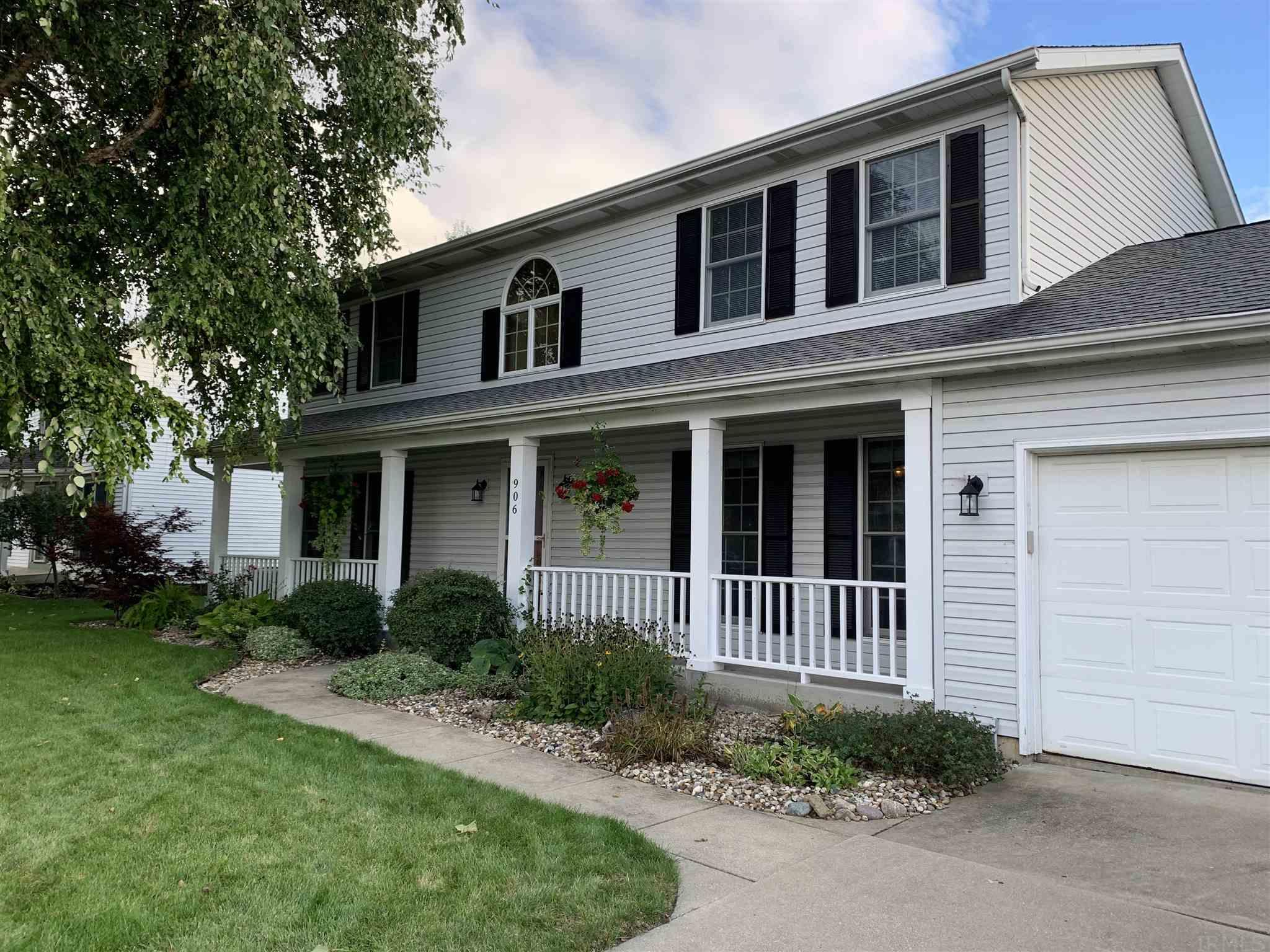 906 Wheatly South Bend, IN 46614