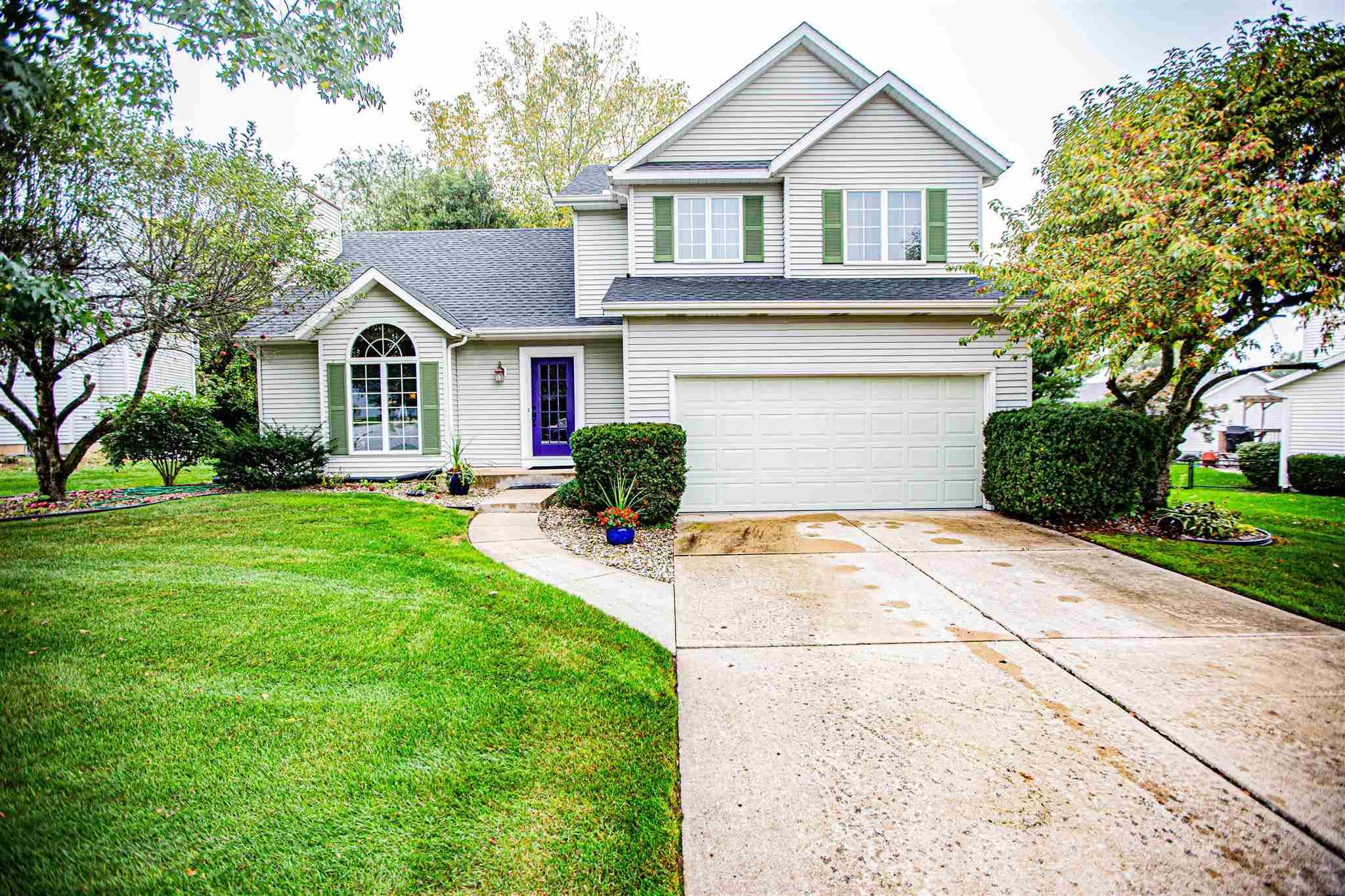 1004 Wheatly South Bend, IN 46614