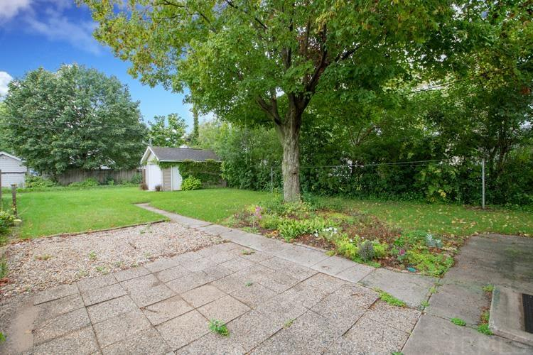 935 S 34th South Bend, IN 46615