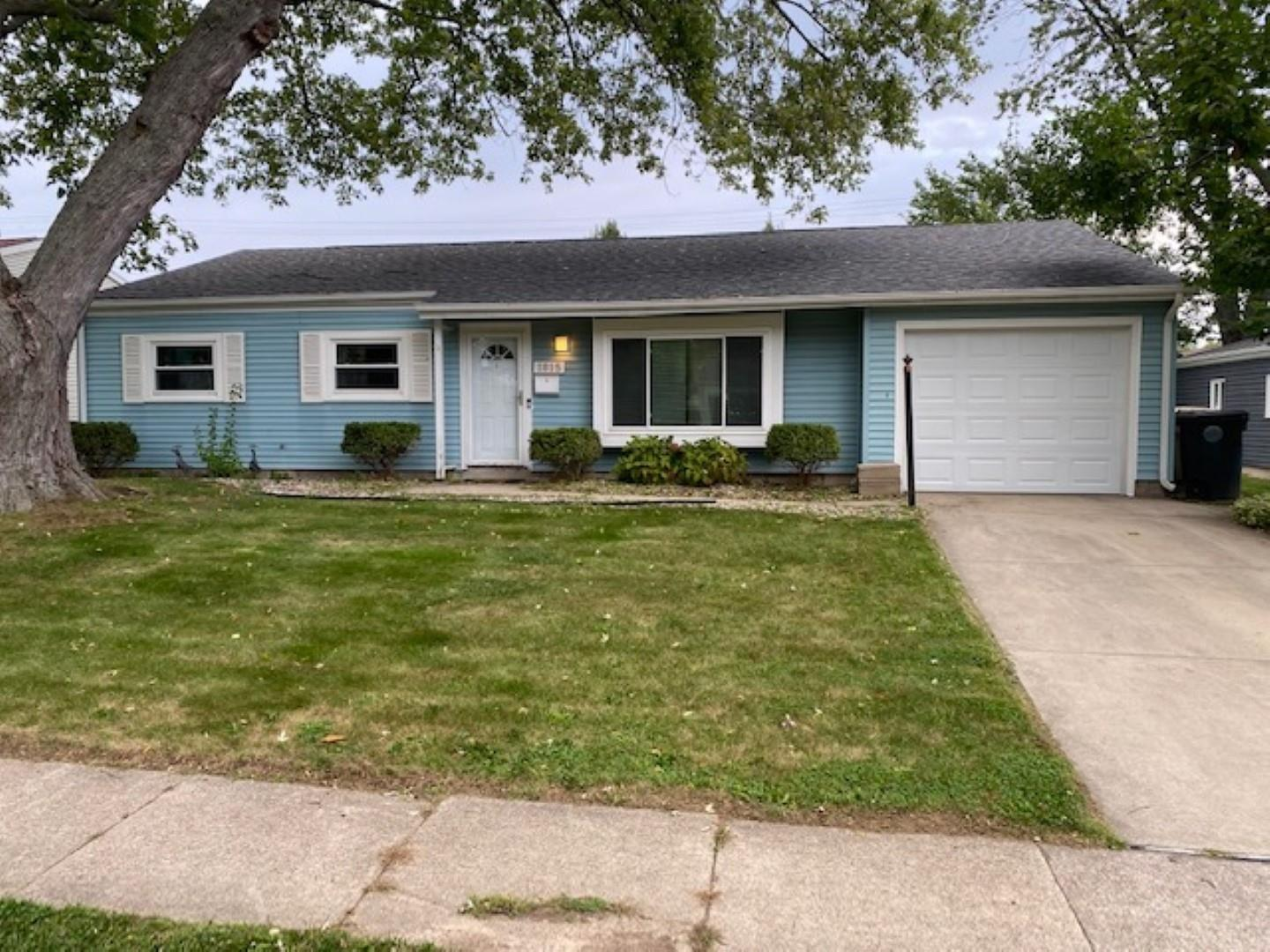 1815 Orkney South Bend, IN 46614