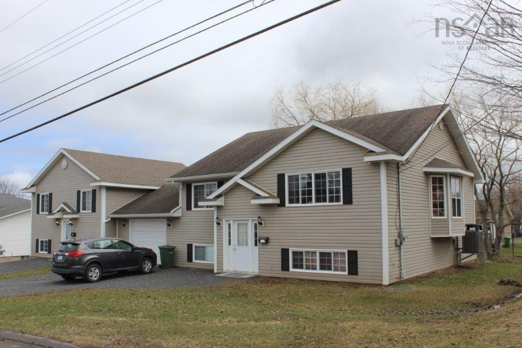 346 & 348 Cameron Avenue, New Glasgow, NS B2H 5K4, 4 Bedrooms Bedrooms, ,3 BathroomsBathrooms,Residential,For Sale,346 & 348 Cameron Avenue,202107935