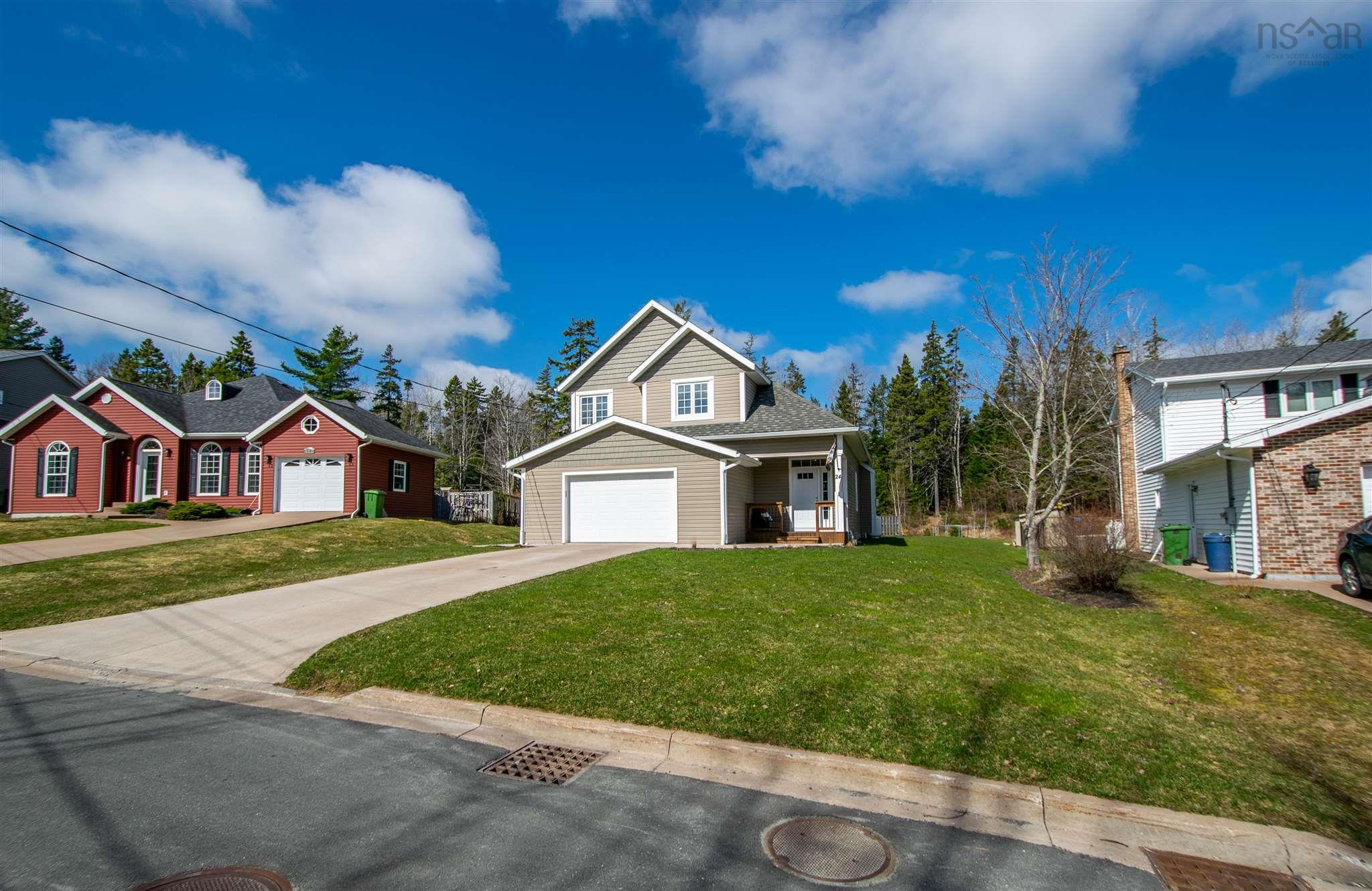 24 Pineview Crescent, Stellarton, NS B0K 1S0, 4 Bedrooms Bedrooms, ,4 BathroomsBathrooms,For Sale,24 Pineview Crescent,202109460